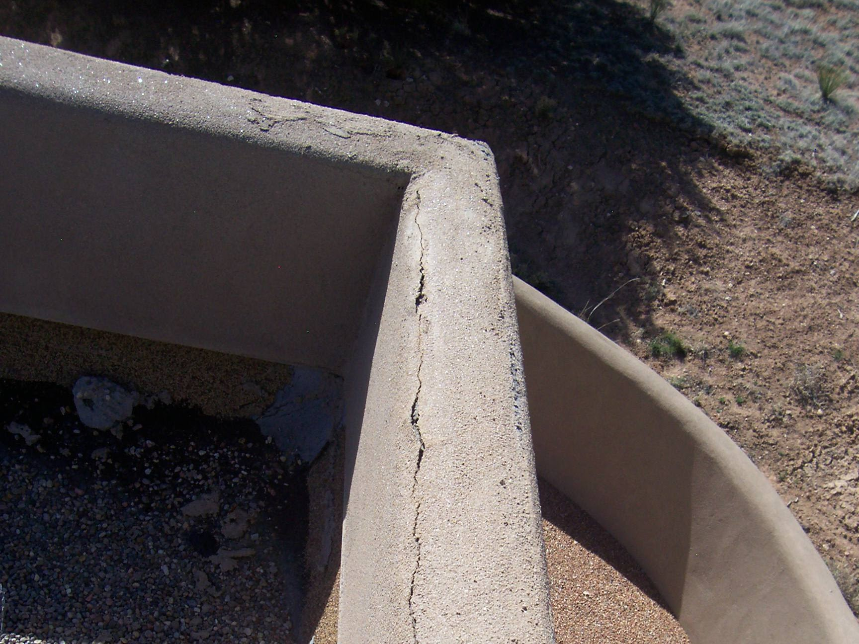 plaster beam with crack